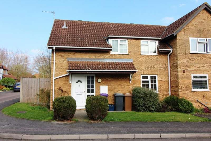 3 Bedrooms Semi Detached House for sale in Wynn Close, Baldock, SG7