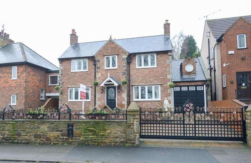 4 Bedrooms Detached House for sale in Holymoor Road, Holymoorside