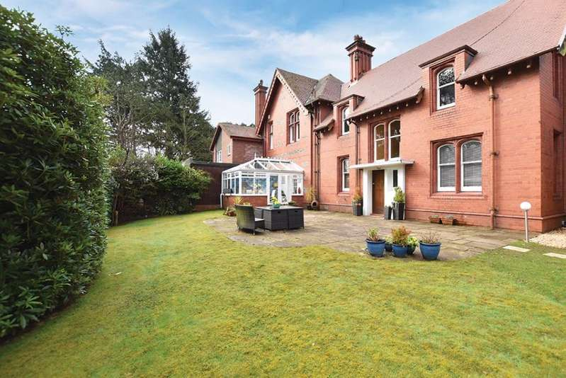 4 Bedrooms Villa House for sale in 39 Southwood Road, Troon, KA9 1UP