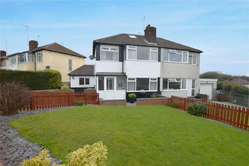 3 Bedrooms Semi Detached House for sale in Southleigh Road, Leeds, West Yorkshire, LS11