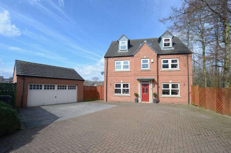 5 Bedrooms Detached House for sale in Crabtree Close, Danesmoor