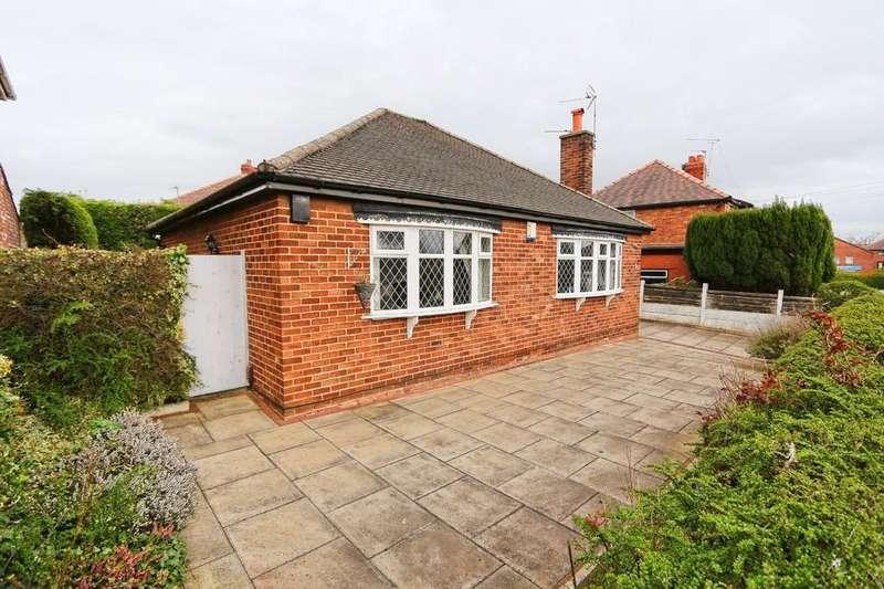 2 Bedrooms Detached Bungalow for sale in 4 Chapel Road, Irlam