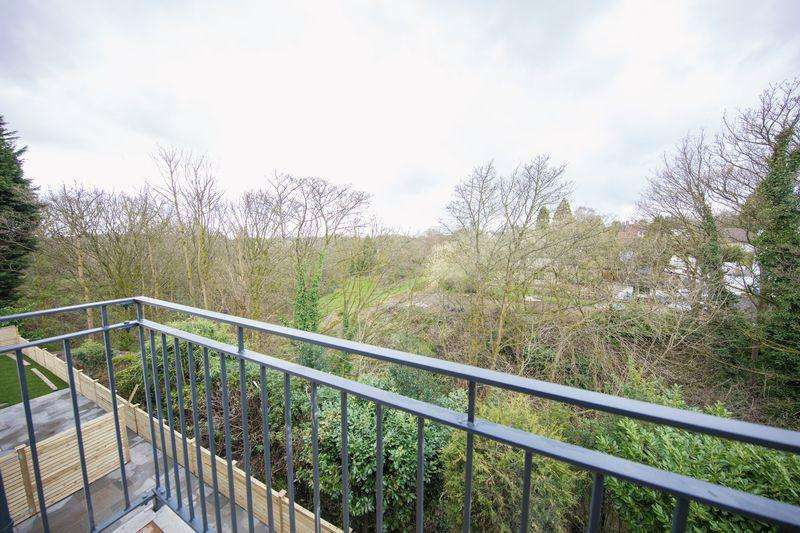2 Bedrooms Apartment Flat for sale in Bamford Brook, Bamford, Rochdale
