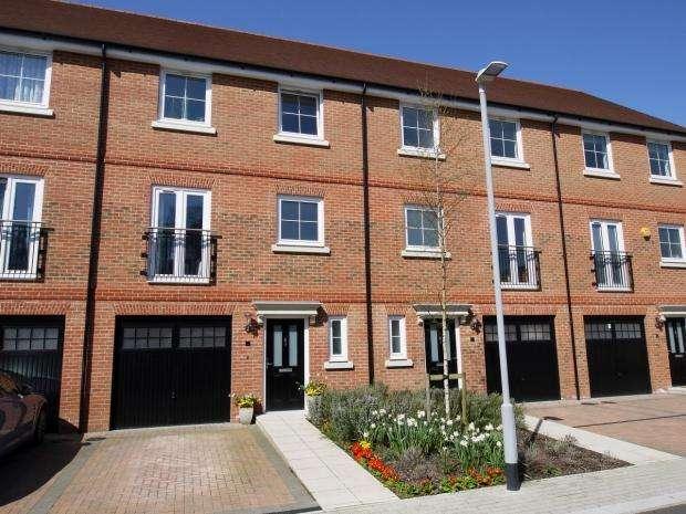 4 Bedrooms Terraced House for sale in Yew Tree Road, Dunton Green, Sevenoaks