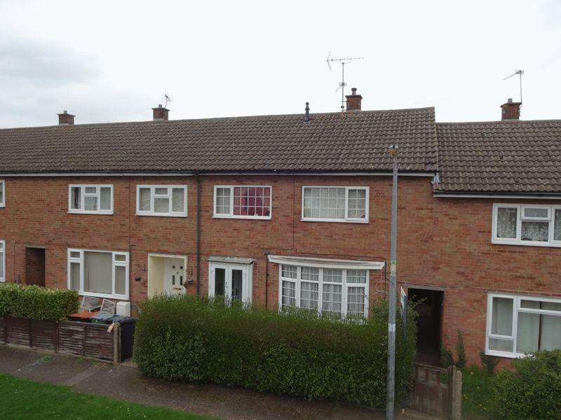 3 Bedrooms Terraced House for sale in Camp Drive.