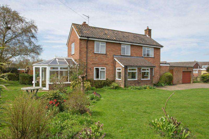 3 Bedrooms Detached House for sale in Chedburgh Road, Chevington