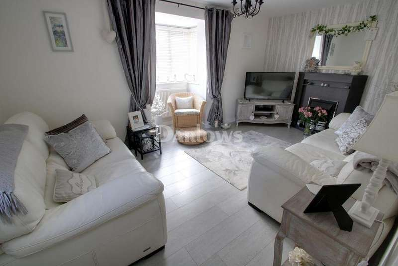 3 Bedrooms Detached House for sale in Ffordd Brynhyfryd, Old St Mellons, Cardiff