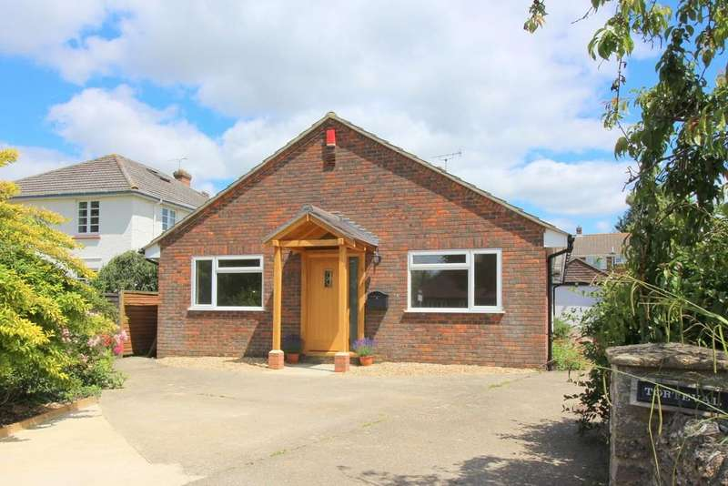 3 Bedrooms Detached Bungalow for sale in New Farm Road, Alresford