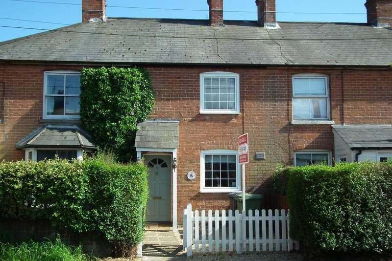 2 Bedrooms Terraced House for sale in Petersfield Road, Cheriton, Alresford