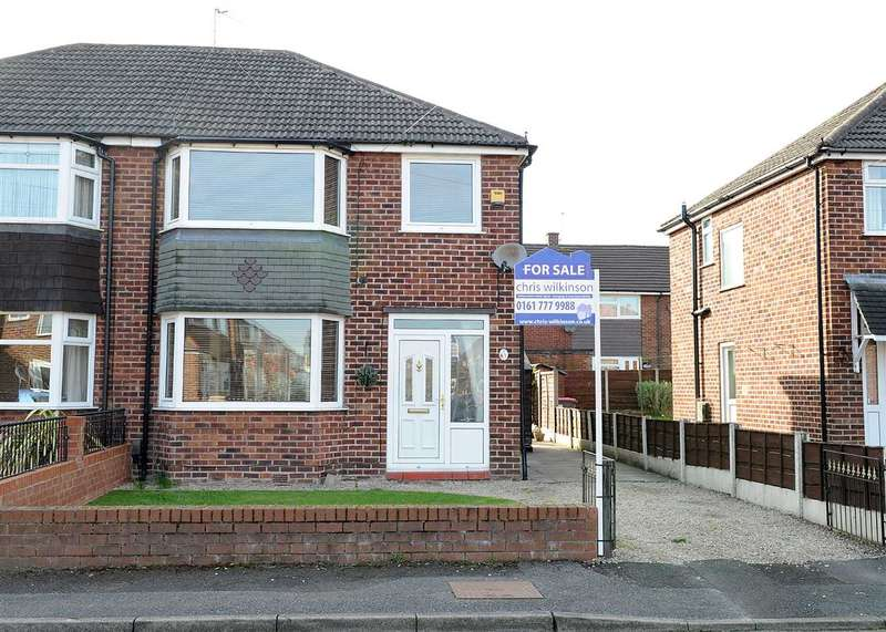 3 Bedrooms Semi Detached House for sale in 27 Radford Drive, Irlam M44 6LA
