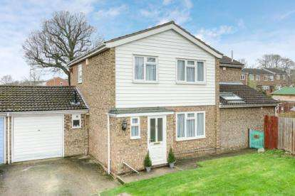 4 Bedrooms Detached House for sale in Osprey Road, Flitwick, Bedford, Bedfordshire