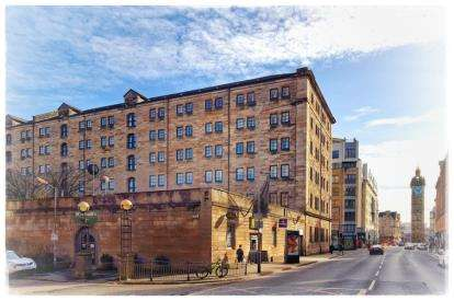 2 Bedrooms Flat for sale in Bell Street, Glasgow