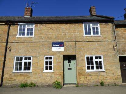3 Bedrooms Terraced House for sale in Martock, Somerset, Uk