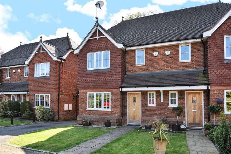 4 Bedrooms House for sale in Winbury Place, Maidenhead, SL6