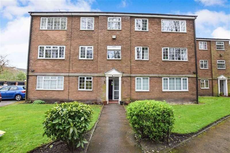 2 Bedrooms Apartment Flat for sale in Eskdale Court, Timperley, Cheshire, WA15