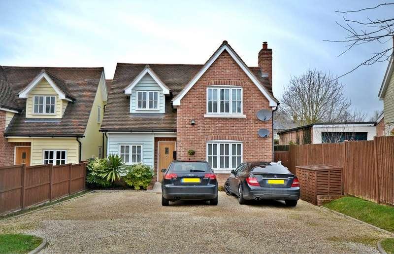 4 Bedrooms Detached House for sale in Hill Top Lane, SAFFRON WALDEN