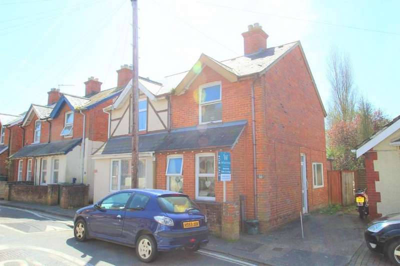 3 Bedrooms End Of Terrace House for sale in Royal Exchange, Newport