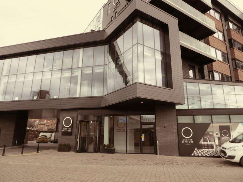 2 Bedrooms Flat for rent in One The Brayford, Lincoln