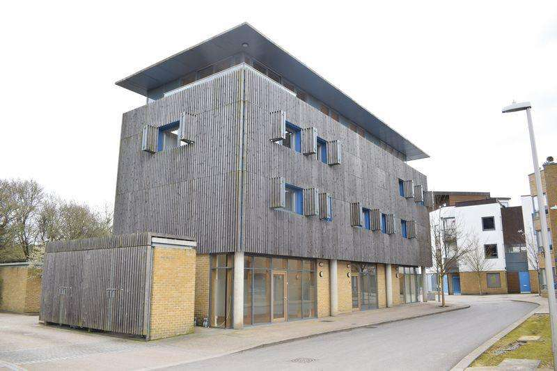 2 Bedrooms Maisonette Flat for sale in New Pond Street, Newhall
