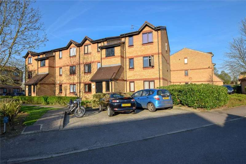 1 Bedroom Apartment Flat for sale in Courtlands Close, Watford, Hertfordhsire, WD24