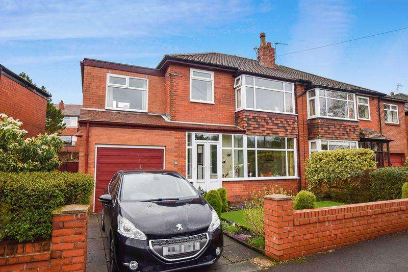 4 Bedrooms Semi Detached House for sale in Farnborough Road, Sharples