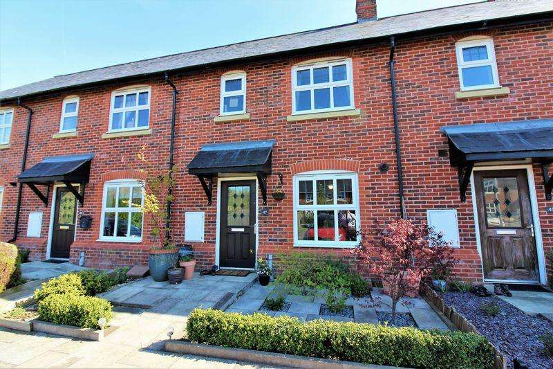 3 Bedrooms Terraced House for sale in Cheshires Way, Chester
