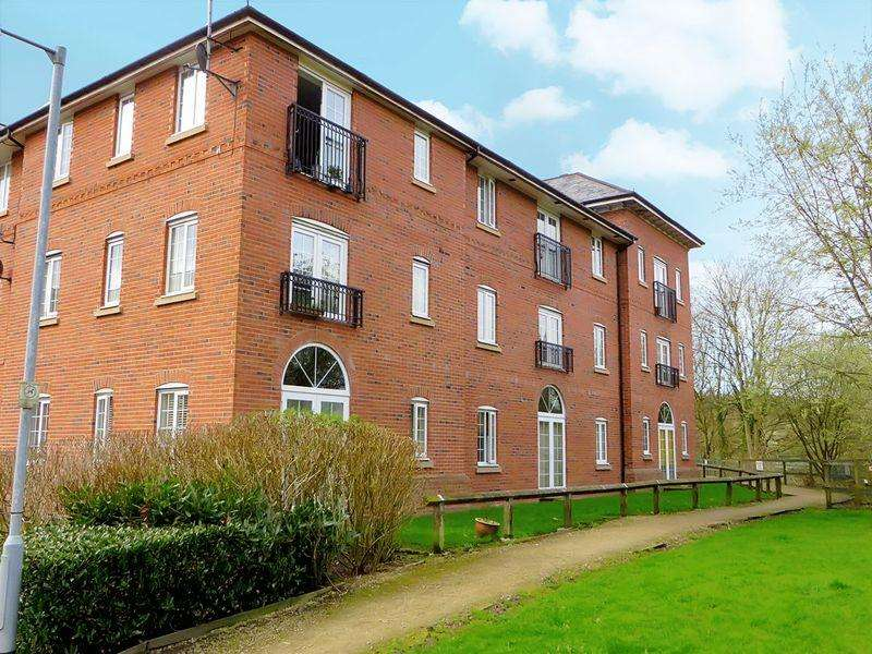 2 Bedrooms Apartment Flat for sale in Douglas Chase, Radcliffe M26 1RT