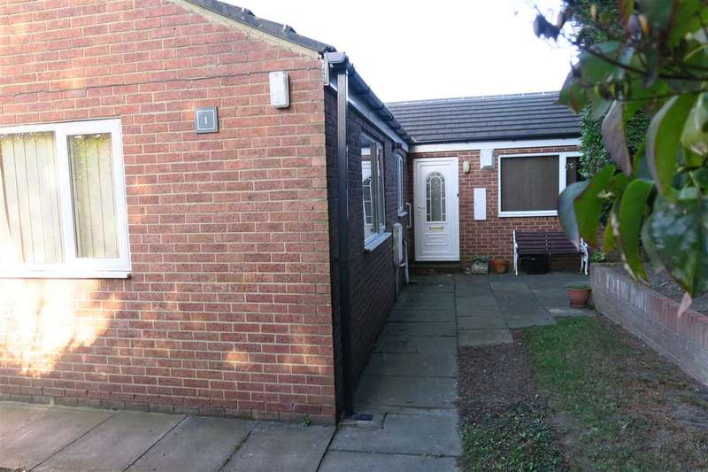2 Bedrooms Bungalow for sale in The Cloisters, South Shields