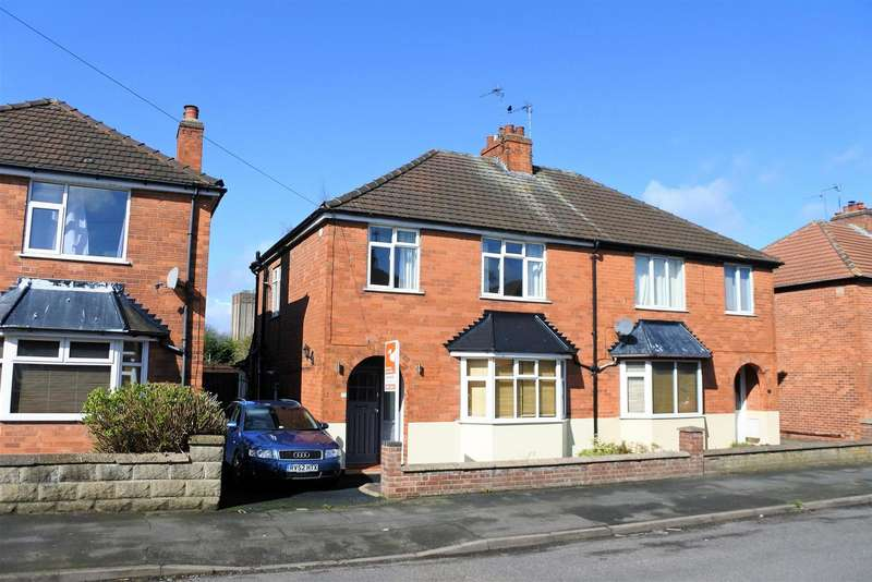 3 Bedrooms Detached House for sale in Huntingtower Road, Grantham