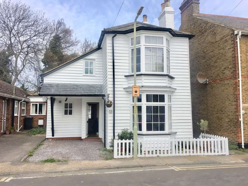 4 Bedrooms Detached House for sale in Suffolk Street, Whitstable, CT5