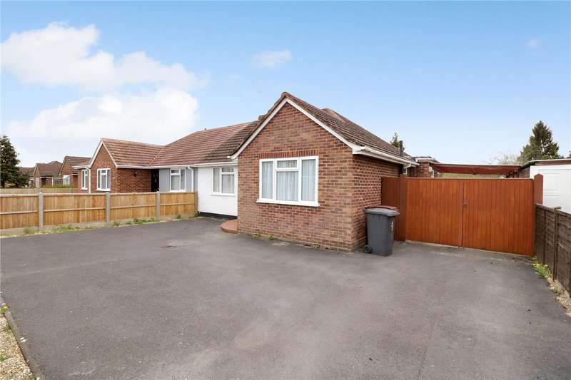 2 Bedrooms Semi Detached Bungalow for sale in Hogarth Avenue, Reading