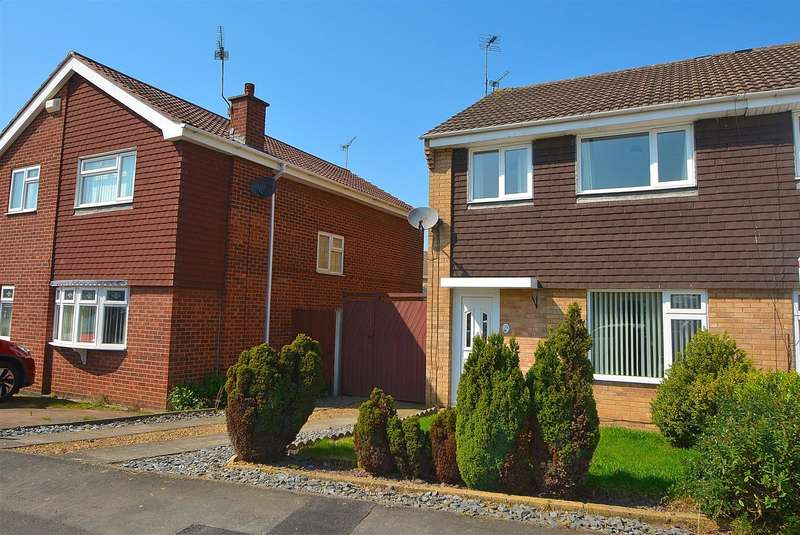 3 Bedrooms Semi Detached House for sale in Teesdale Road, Long Eaton