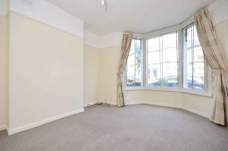 2 Bedrooms Flat for sale in St Asaph Road, Brockley, SE4
