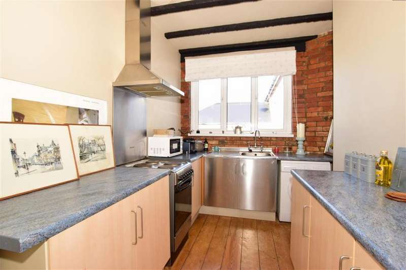 2 Bedrooms Apartment Flat for sale in High Street, Wroxall, Ventnor, Isle of Wight