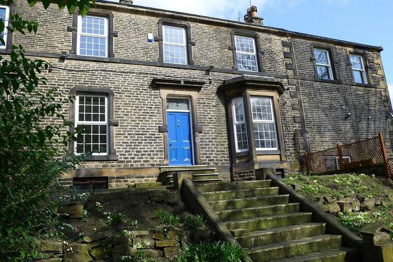 4 Bedrooms Terraced House for sale in Marlborough Terrace, Dewsbury