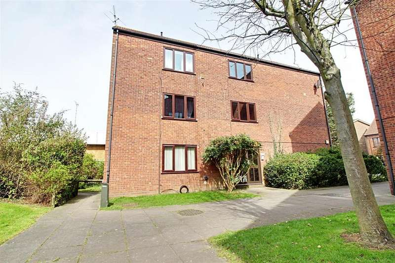 1 Bedroom Apartment Flat for sale in Chilworth Gate, Broxbourne