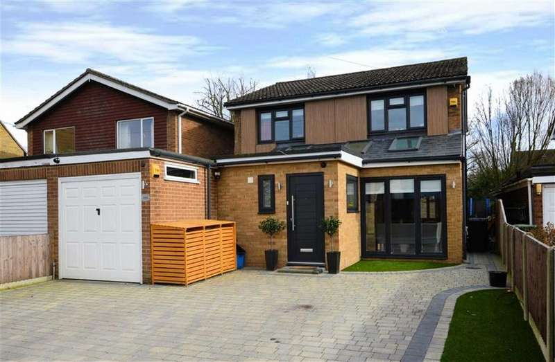4 Bedrooms Link Detached House for sale in Hemnall Street, Epping, Essex