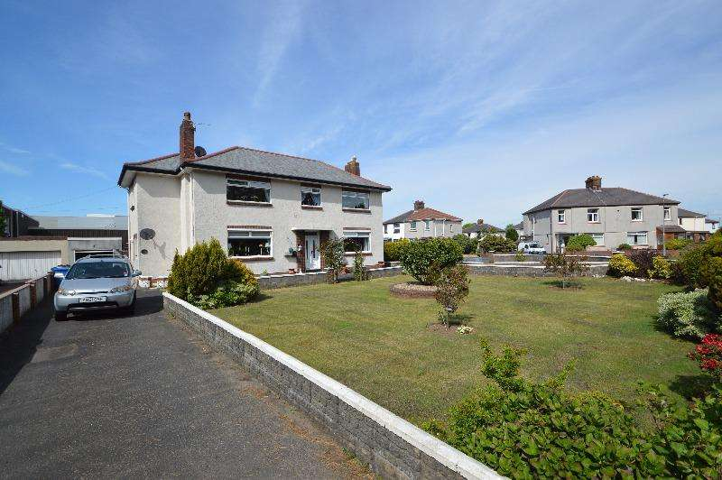 2 Bedrooms Flat for sale in Heatherhouse Road, Irvine, North Ayrshire, KA12 8HQ