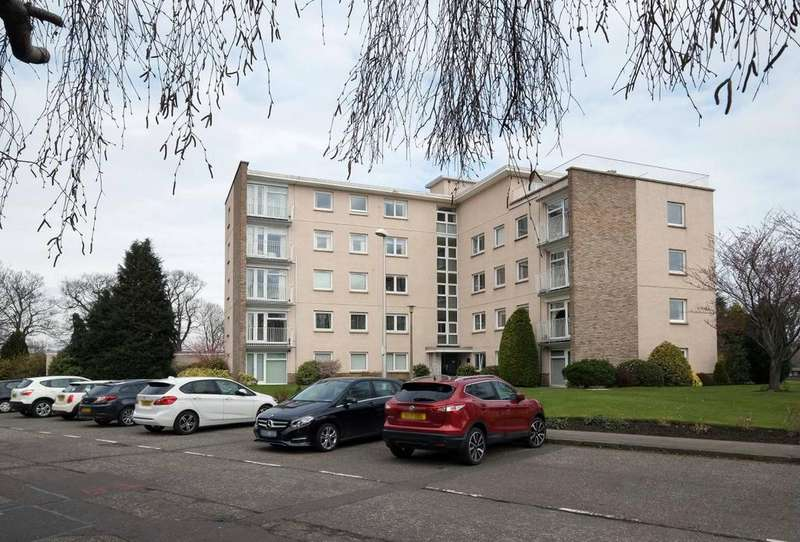 4 Bedrooms Penthouse Flat for sale in 6/18 Succoth Court, EDINBURGH, , Ravelston, EH12 6BY