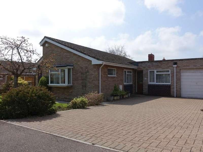 3 Bedrooms Detached Bungalow for sale in Trowbridge, Wiltshire