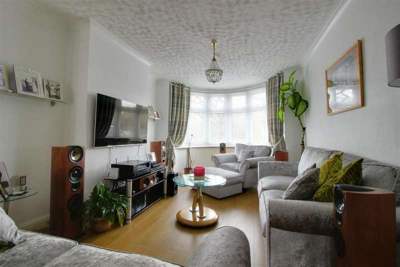 4 Bedrooms Terraced House for sale in Great Cambridge Road, Enfield