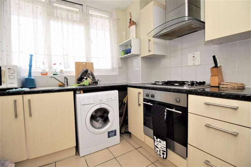 4 Bedrooms Maisonette Flat for sale in 147 Salmon Lane, Limehouse