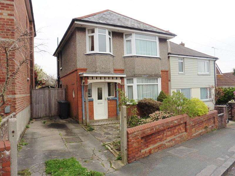 3 Bedrooms Detached House for sale in Kingswell Road, Ensbury Park, Bournemouth