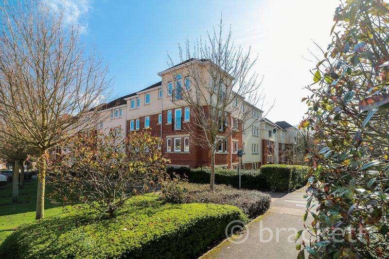 1 Bedroom Apartment Flat for sale in Queripel Close, Tunbridge Wells