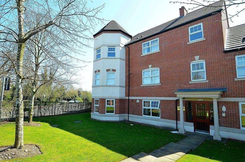 2 Bedrooms Ground Flat for sale in Apartment 2, 22 Monyhull Halll Road, Kings Norton, Birmingham, B30 3QD