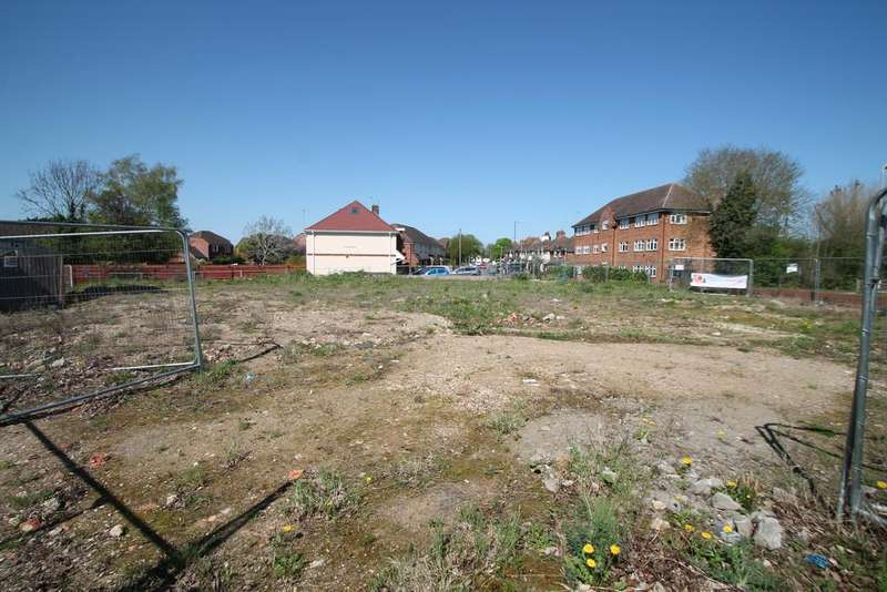 Land Commercial for sale in Aylesbury, Buckinghamshire