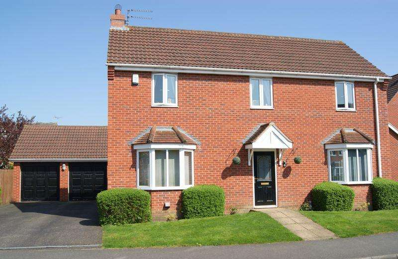 4 Bedrooms Detached House for sale in Claricoates Drive, Coddington