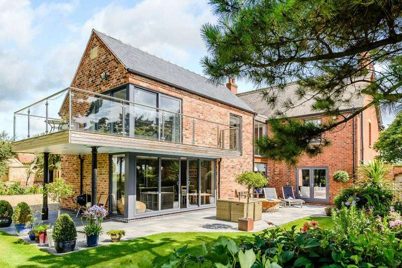 4 Bedrooms Detached House for sale in South View, Wragby Road, Newball, Lincoln, LN3