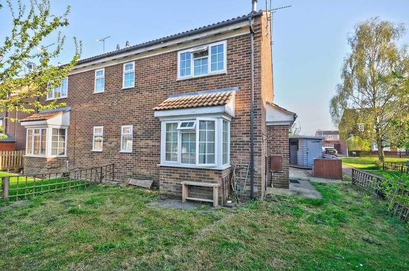 1 Bedroom Cluster House for sale in Thomson Walk, Aylesbury