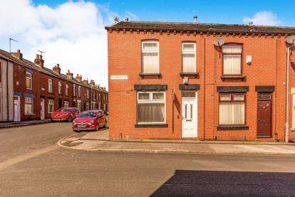 3 Bedrooms Terraced House for sale in Duxbury Street, Halliwell, Bolton, Greater Manchester, BL1